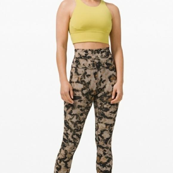 EUC Lululemon Wunder Under sz 6 leggings tights